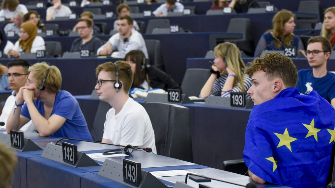 European Youth Event #EYE2018 - Hemicycle session APART AND TOGETHER: working out for a stronger Europe ' Future of Europe: Comeback of the champion '