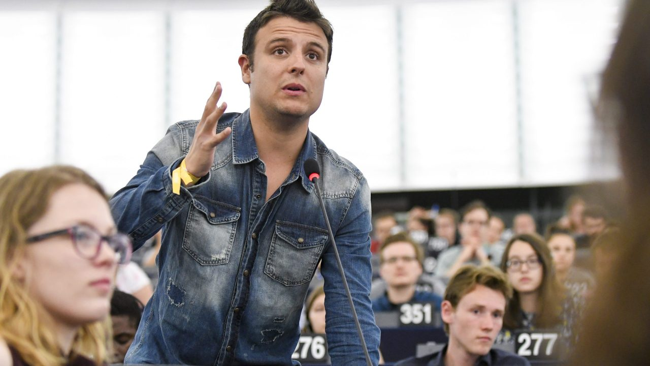 European Youth Event 2018 - #EYE2018- Discussion SAFE AND DANGEROUS: staying alive in turbulent times ' Europe's fight against terror: Die another day '